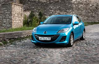 Тест-драйв новой Мазда 3 Hatchback: от Большого Новгорода до Пскова