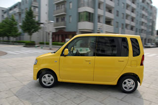 Mitsubishi Toppo против Pajero Mini: что лучше для девушки?