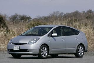 Обзор авто-гибрида Тойота Prius