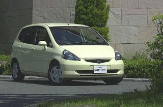Обзор автомобиля Honda Fit