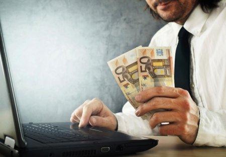 От чего зависит оценочная стоимость при скупке ноутбуков?